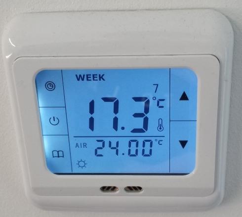 Austausch eines Bimetall Thermostat zur Einzelraumsteuerung einer Fußbodenheizung durch ein SM-PC Thermostat und Anleitung