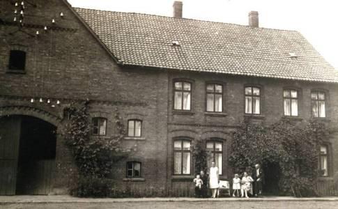 Hol04 135 1910WulfEAVogtSeelkopfWilliEmmaSophie