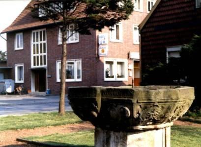 Obe21 17k 1980AkgülKösterSandsteinbecken