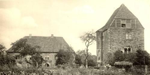 Sch03 122 1905AmtshausTurmBrunnen