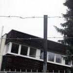 Stacheldraht am Asylbewerberheim Einsiedel