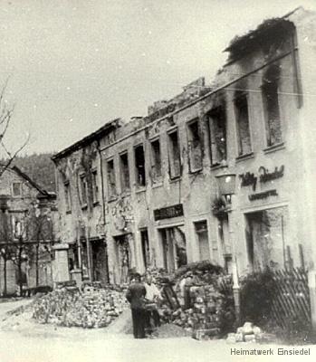 Ruinen 1945.