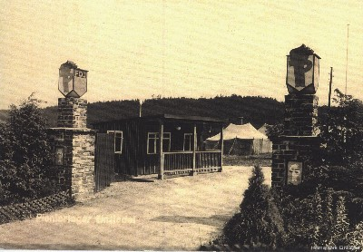 Eingang Pionielager Einsiedel mit Pförtnerhäuschen