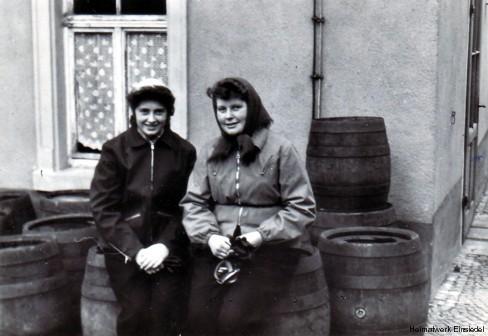 Fässer in der Minaralwasserfabrik Karl Stemmler, Einsiedel