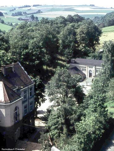 Turnhalle neben der Einsiedler Schule, vom Kirchturm aus fotografiert um 1960