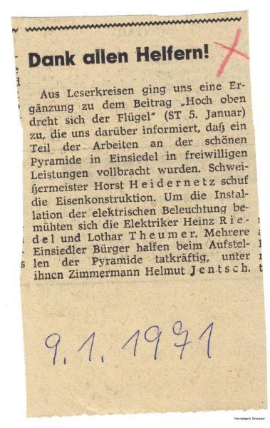 Zeitung benennt Helfer beim Pyramidenaufbau 1971