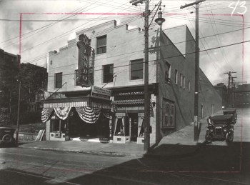Lando's Theatre, c. 1928. Corinne Azen Krause Photographs, MSP 113, Detre Library & Archives at the History Center.