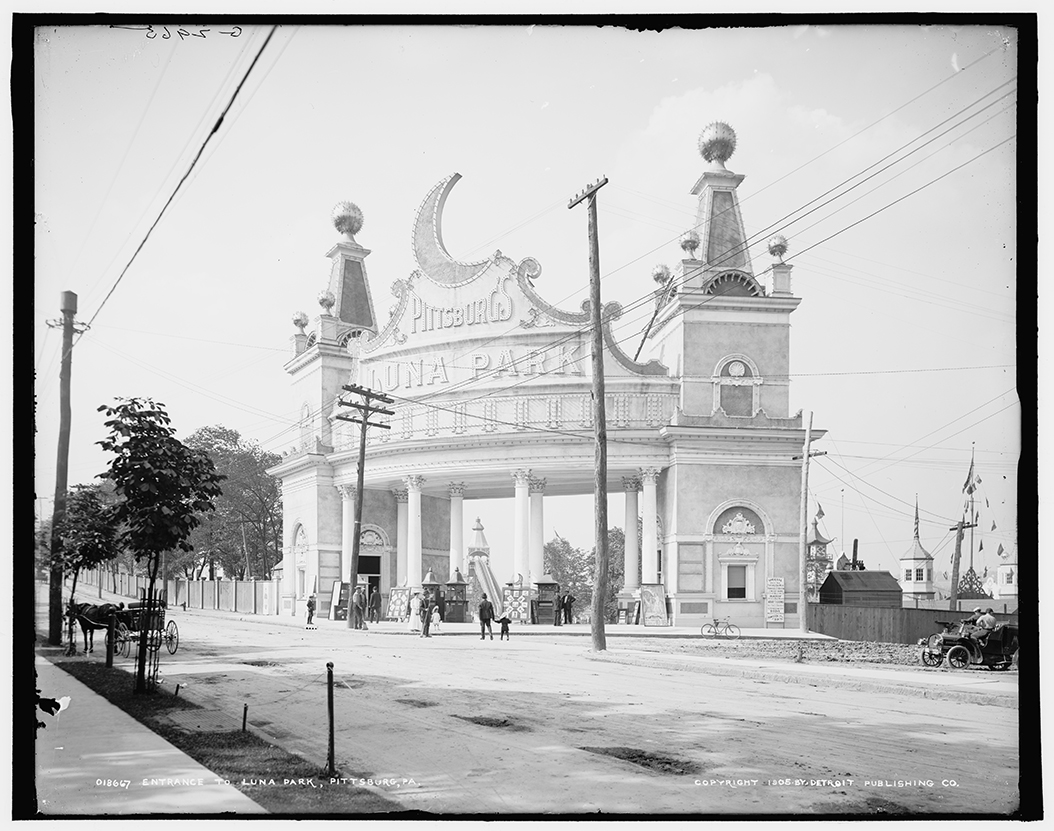 Entrance to Luna Park, Pittsburg, Pa., 1905.