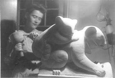 Sibyl Barsky at work on a sculpture for the Pittsburgh Federal Arts Project, 1930s. Sibyl Barsky Grucci Photographs, MSP 423, Detre Library & Archives at the History Center. Gift of Sibyl Barsky Grucci.