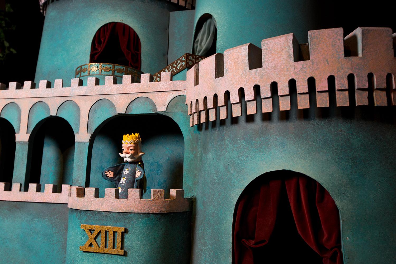 King Friday XIII's Castle, Mister Rogers' Neighborhood