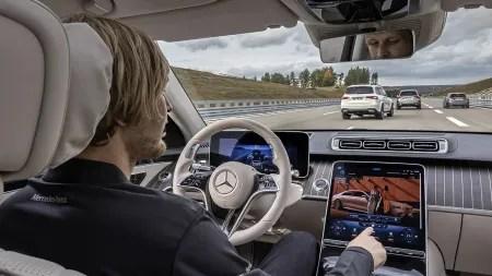 Justizministerium weist Scheuers Gesetzentwurf zum autonomen Fahren zurück