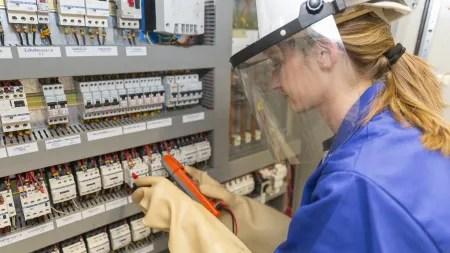 Berufsschullehrkräfte: Aus der Industrie an die Tafel
