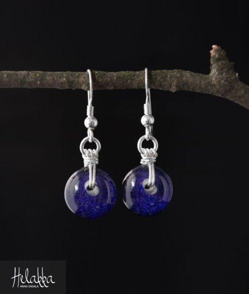 Korvakorut lasista violetti