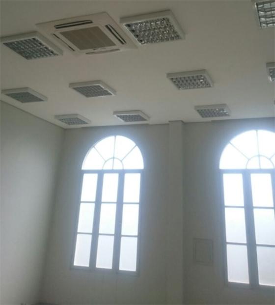 Reforma em gabinete de presidente do TJ 03 - Associação libera imagens do sanitário de R$5 mil e da janela de R$20 mil do gabinete do presidente do  TJ