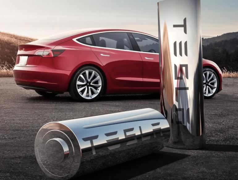 Tesla kırmızı