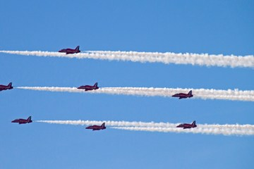 Parallel Vapour Trails red Arrows Blackpool airshow aeroplanes