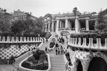 BARCELONA: Parc Güell monochrome textures