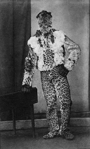 costume leopard.jpg