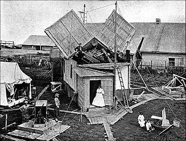 portable house 1900.jpg