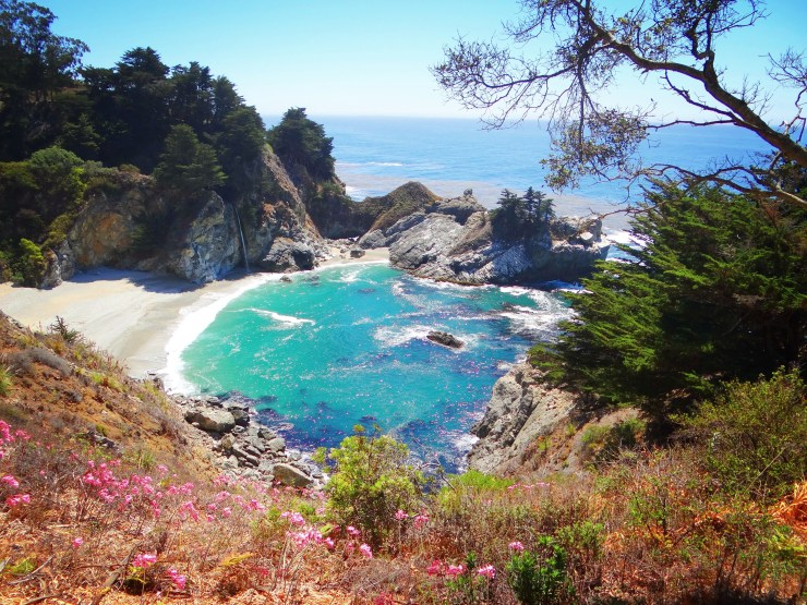 California Road Trip Itinerary - Julia Pfeiffer Burns State Park