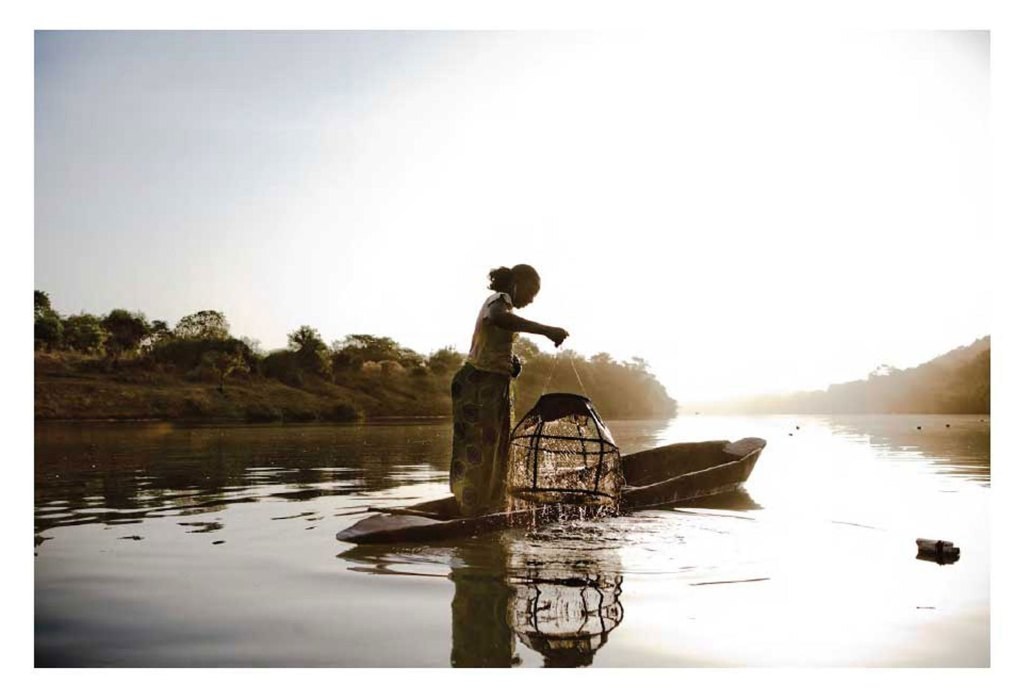 MALIAN-FISHER-WOMAN1