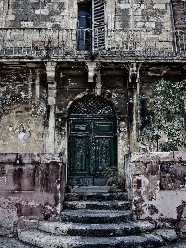#disappearingMalta - Grand vintage door and balcony, Pieta, Malta©Helen Jones-Florio photography prints