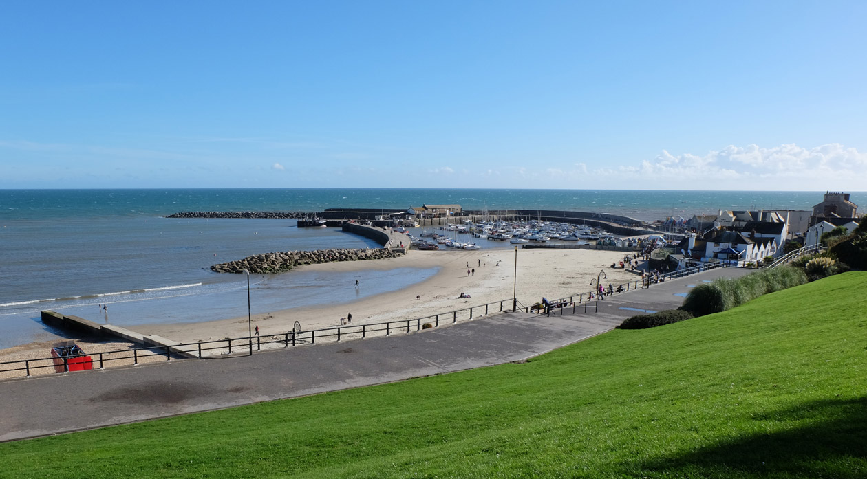 Lyme Regis harbour and the Cobb