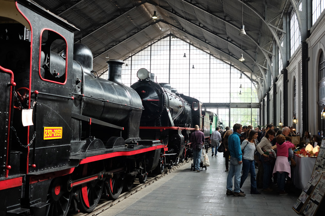 The Mercado de Motores is held at Madrid's Railway Museum on the second weekend of each month