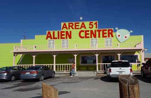 alien-center