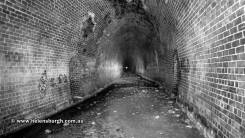 otford-tunnel-stanwell-park-end-bend-003