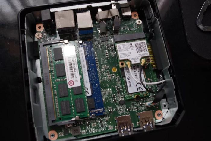 Chromebox_CN62_RAM03