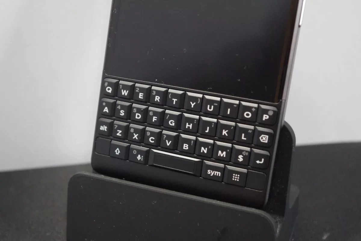 「Blackberry KEY2」の日本語入力に「AquaMozc for BlackBerry」を導入すればより快適に。