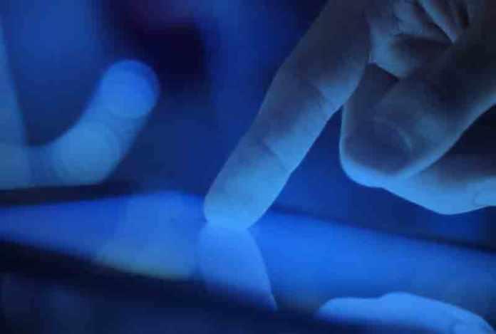 blue light mobile
