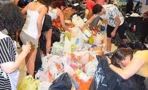 ΔΗΜΟΣ ΠΕΡΙΣΤΕΡΙΟΥ :Συγκινητική είναι η προσφορά των συμπολιτών μου στην εκστρατεία συγκέντρωσης τροφίμων