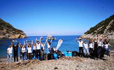 Let's do it Greece καθαρισμός στον Πόρο