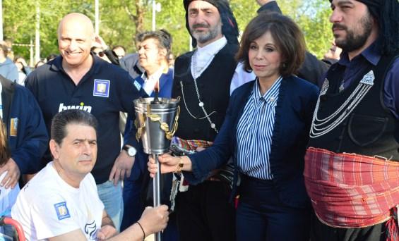 Η Αλεξάνδρειος Φλόγα έδωσε το έναυσμαγια τον 14ο Διεθνή Μαραθώνιο ΜΕΓΑΣ ΑΛΕΞΑΝΔΡΟΣ –bwin