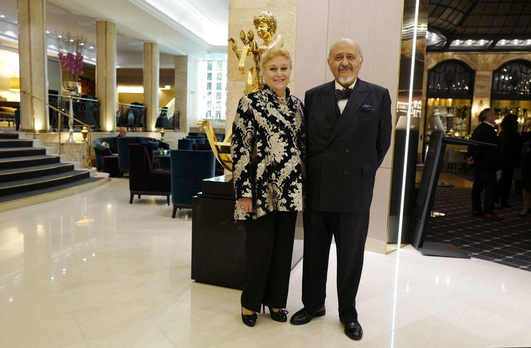 Den Argentinske Ambassadøren, Mónica Liliana María Victoria Dinucci, og hennes mann