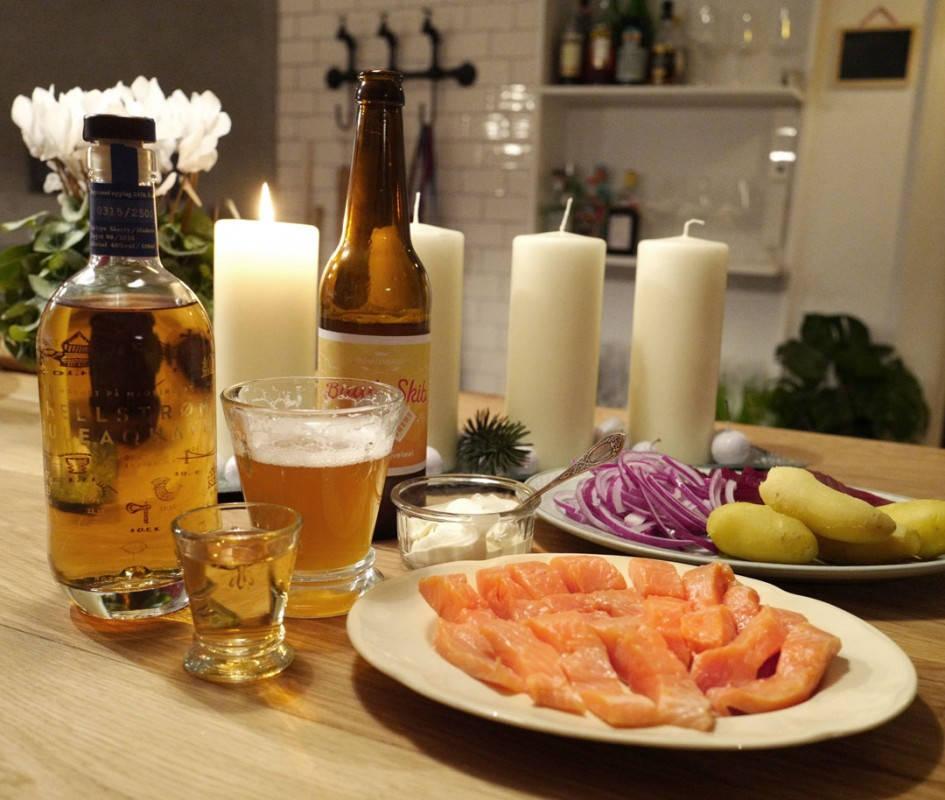 Rakfiskgilde med akevitt og øl. Det hører med.