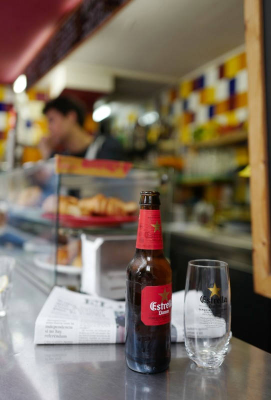 Bar Mendizabal, barcelona, estrella damm, helleskitchen, raval