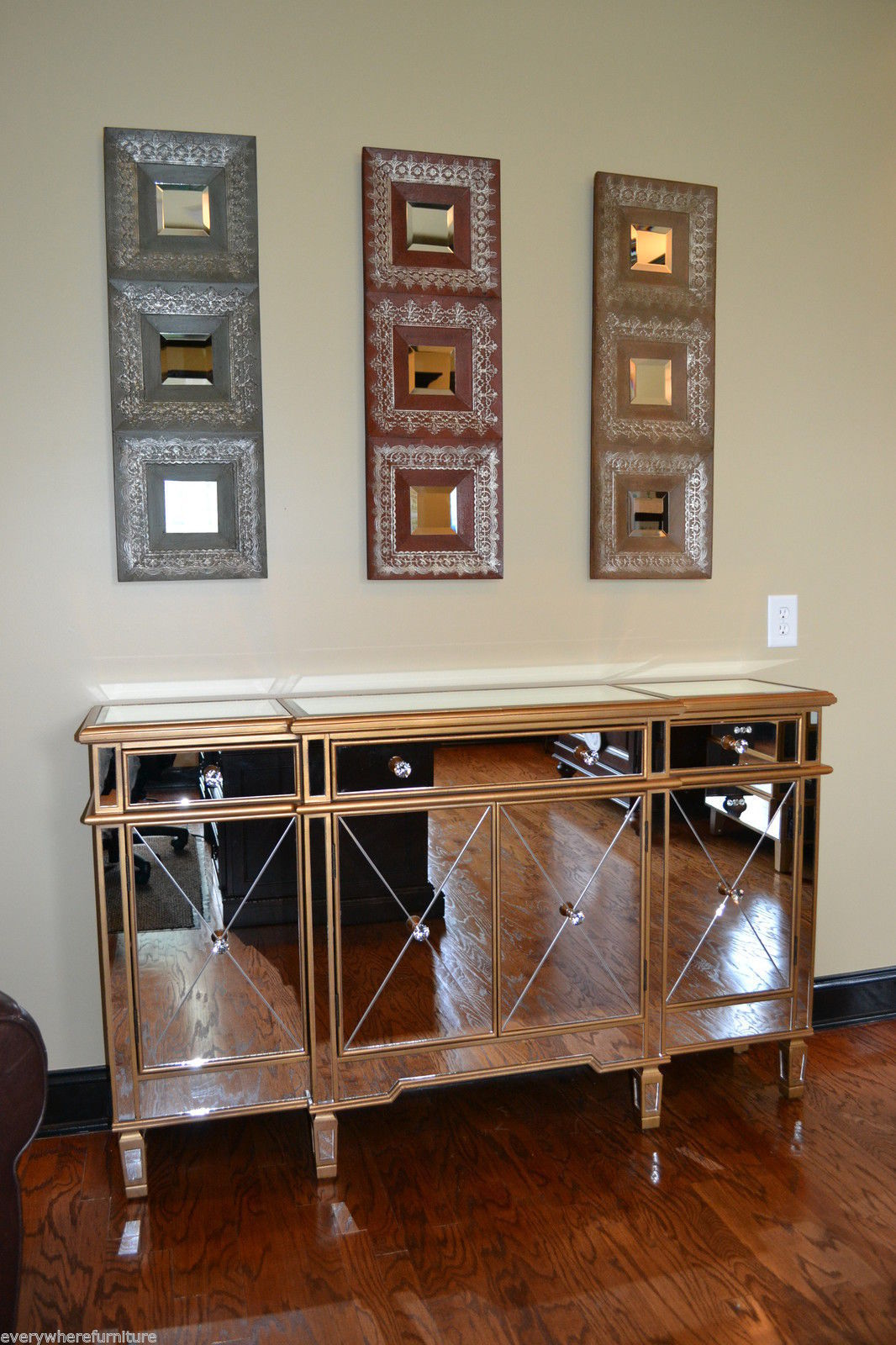 427 304 Gold Mirrored Buffet