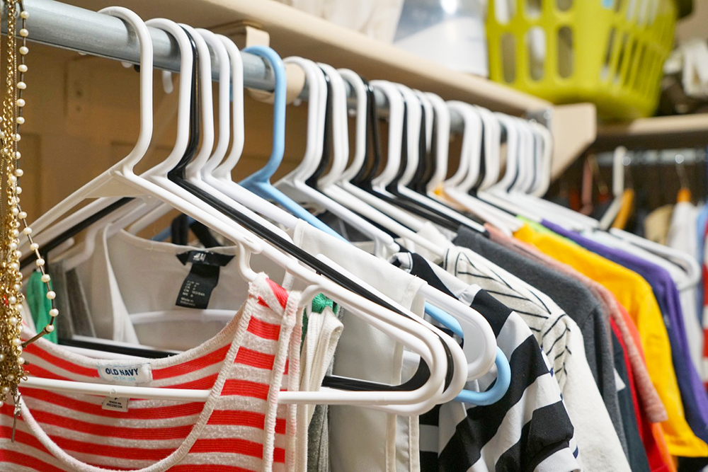 Decluttering your closet and clothes