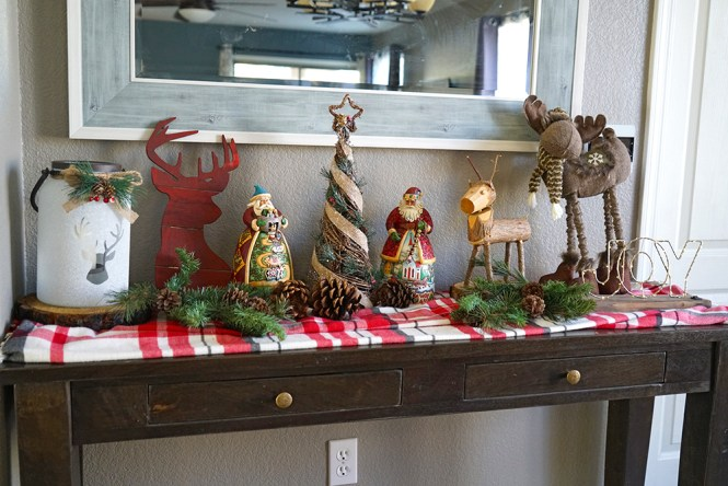 christmas decorating tips - buffet table