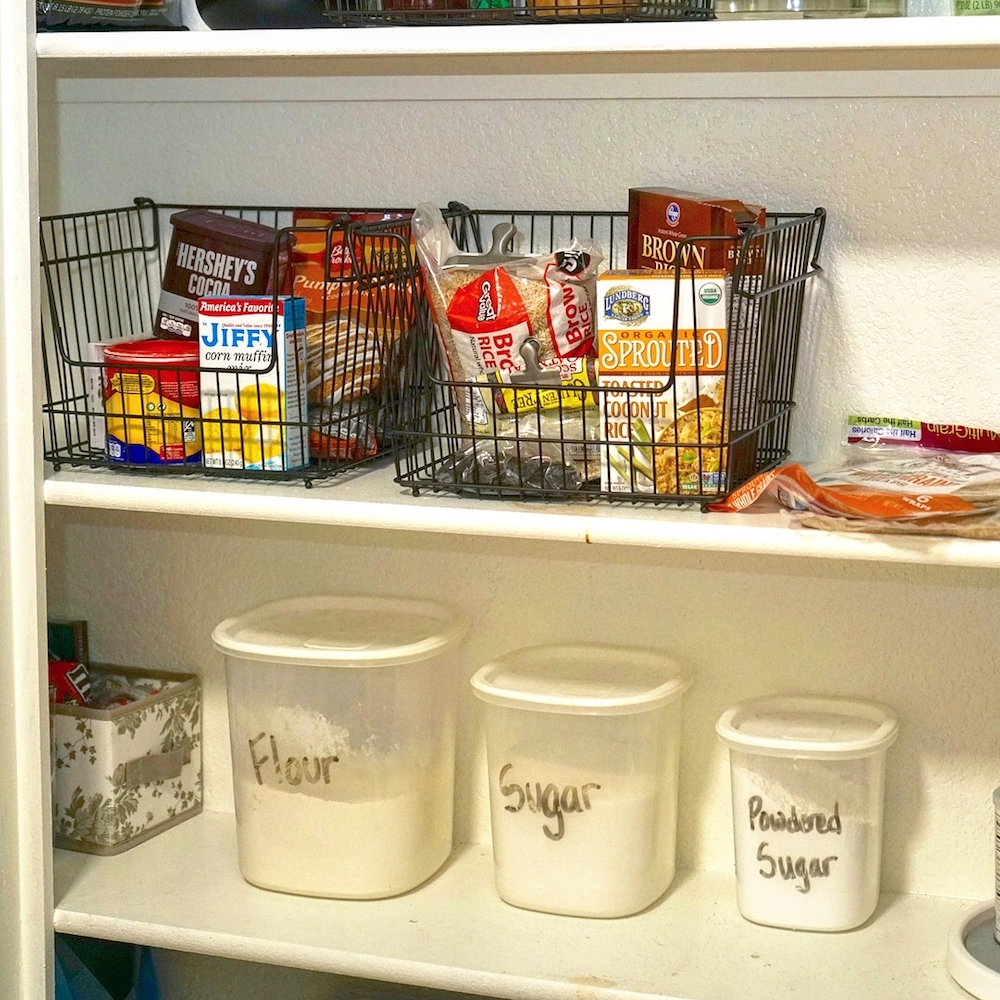 minimalist pantry idea