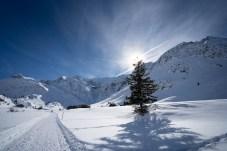 Winterwanderweg in Sportgastein bei Sonnenschein