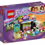 LEGO Friends Amusement Park Arcade (41127) box