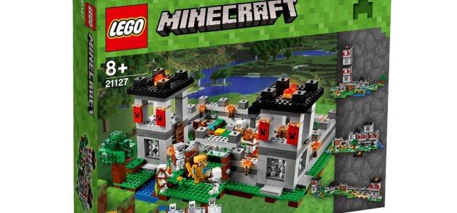 LEGO 21127 Minecraft The Fortress box