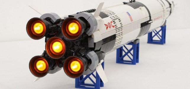 LEGO Saturn V son et lumière