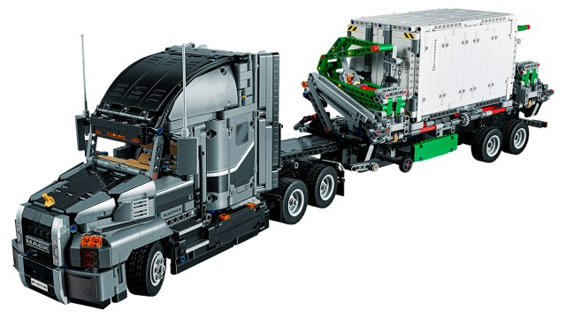 LEGO Black Friday 2018 LEGO Technic 42078 Mack Anthem