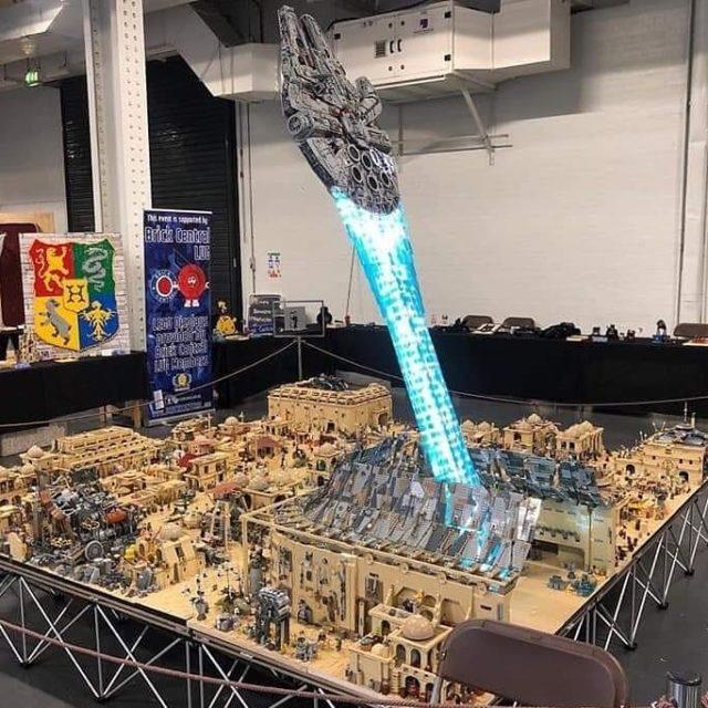 LEGO Mos Eisley