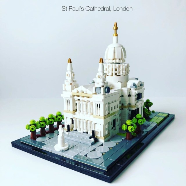 LEGO Architecture Saint Paul's Cathedral London